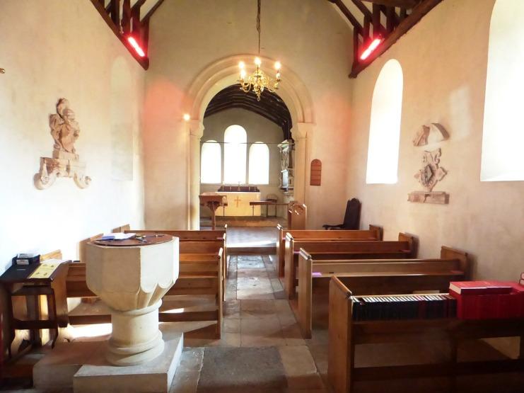 Priors Dean Church, interior